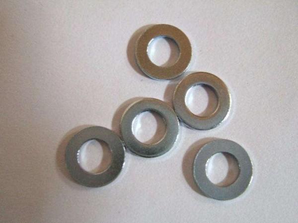 不锈钢螺栓可以使用碳钢的平垫片吗